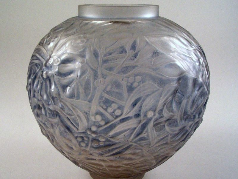 G769 lalique gui vase (1)_edited-1